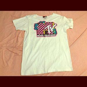 MTV shirt whhhaaaaaat!👌👌